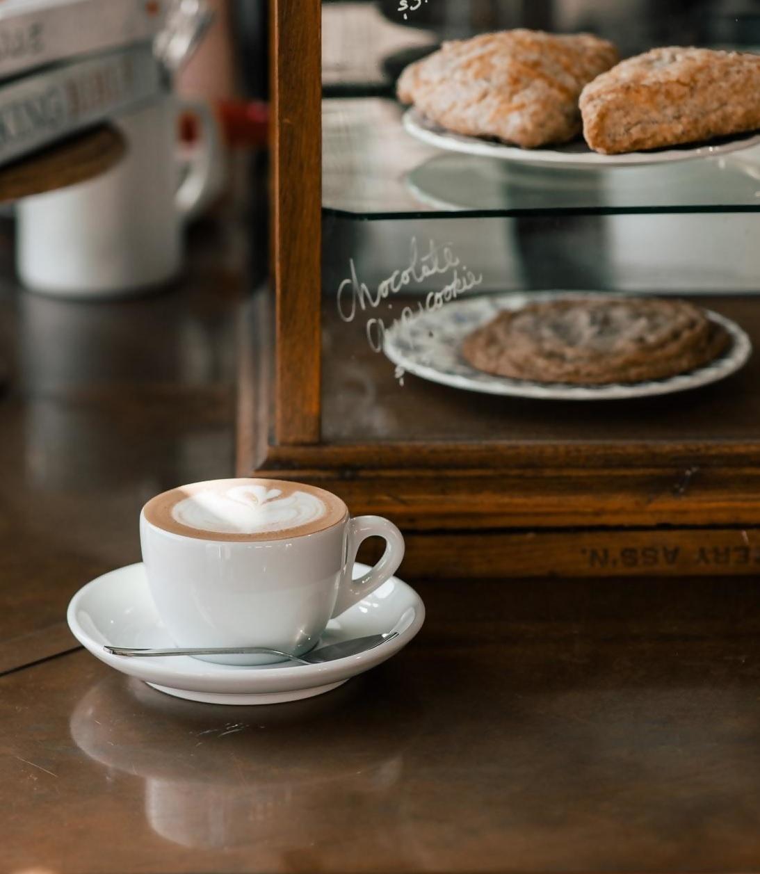מבדיקה שבציעה חברת Coface Bdi נראה כי בין הענפים שנפגעו באופן משמעותי נמצאים בתי הקפה, המסעדות והמזנונים
